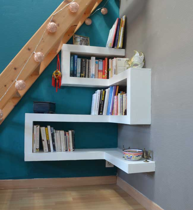 photo-under-stair-shelves