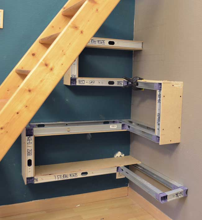 diy-under-stair-shelves-3