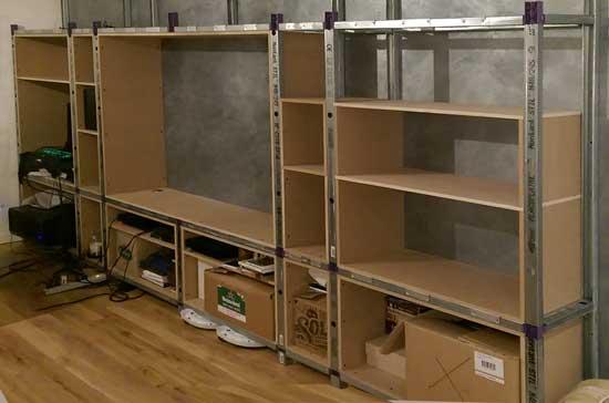 fabriquer un grand meuble tv bibliotheque. Black Bedroom Furniture Sets. Home Design Ideas
