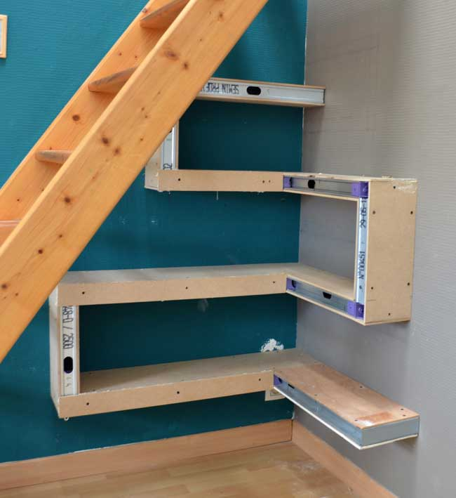 diy-under-stair-shelves-4
