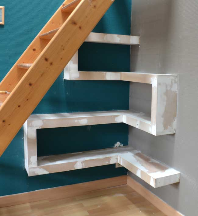diy-under-stair-shelves-6